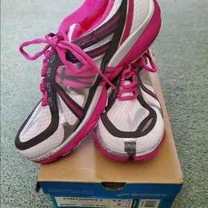 Brooks Purecadence 3 Women's Running Shoes